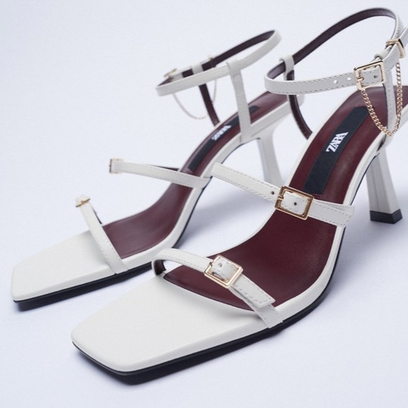 LEATHER HIGH HEEL STRAPPY SANDALS WITH BUCKLES